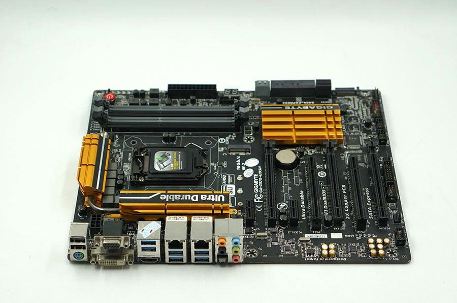 Gigabyte GA-Z97X-UD5H Used Desktop Motherboard Z97X-UD5H Z97 LGA 1150 i3 i5 i7 DDR3 32G SATA3 ATX