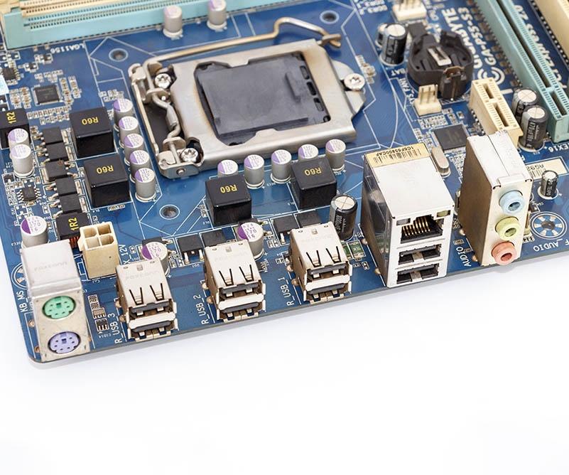 Gigabyte GA-P55-S3 Used Desktop Motherboard P55-S3 P55 LGA 1156 i3 i5 i7 DDR3 16G ATX