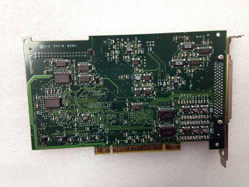 PCI-MIO-16XE-10 carte DAQ utilisé l'article